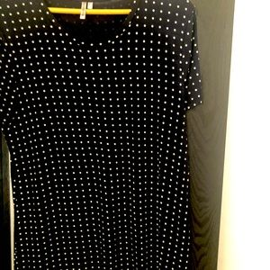 Navy with white polka dot stretchy long tee